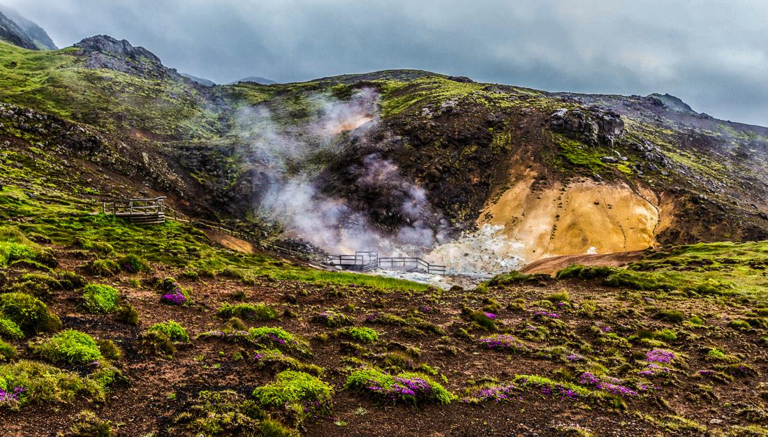 La zone géothermique de Seltùn