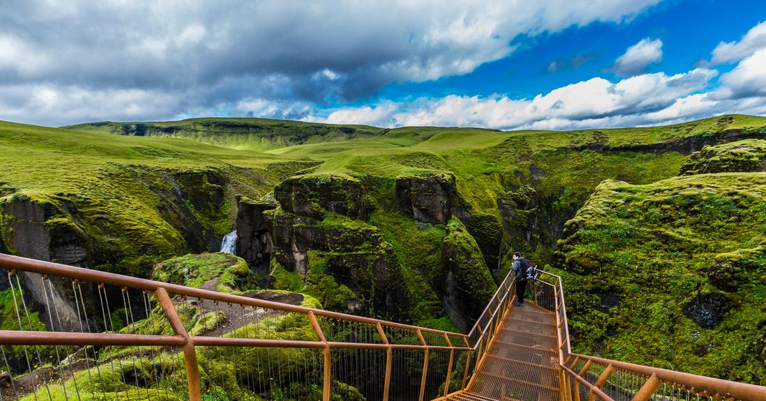 Canyon-Fjaðrárgljúfur-Islande
