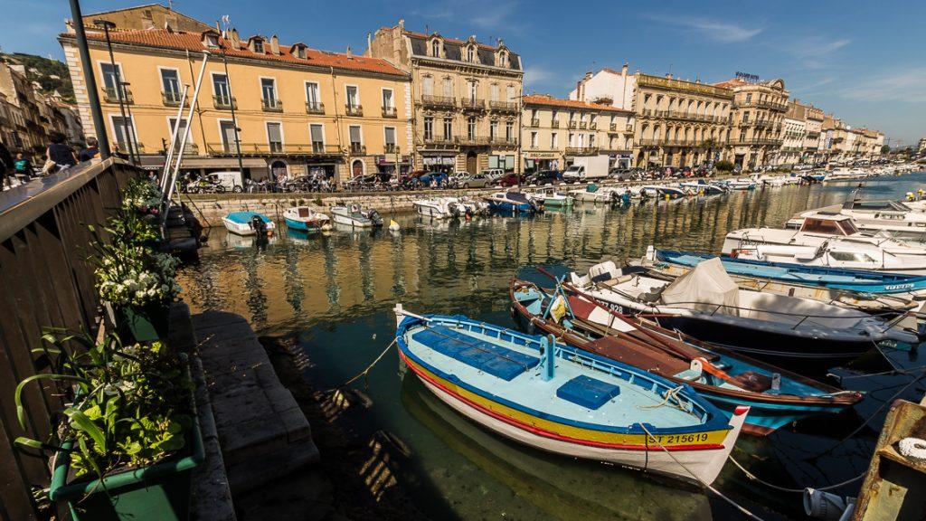 Sète et ses barques colorées