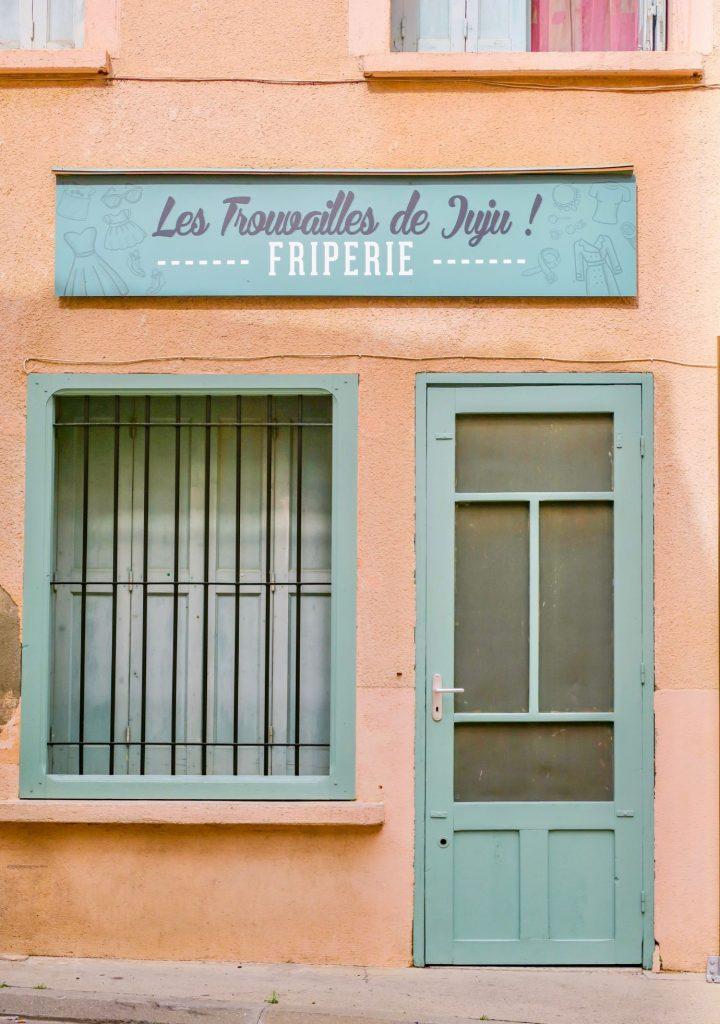 Façade à Baixas dans les Pyrénées Orientales