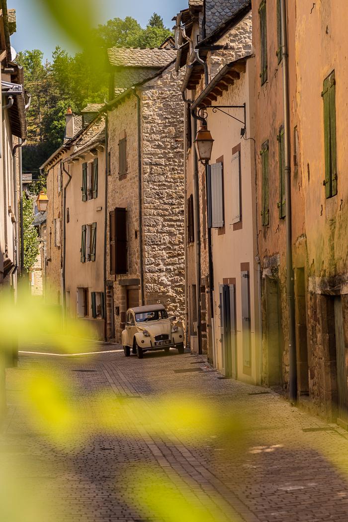 Ruelle de charme à La Canourgue en Lozère