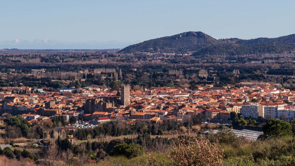 Panorama sur Ille sur Têt et l'église Saint Étienne