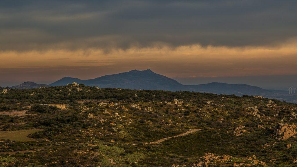 Panorama sur le Força Réal avant l'orage