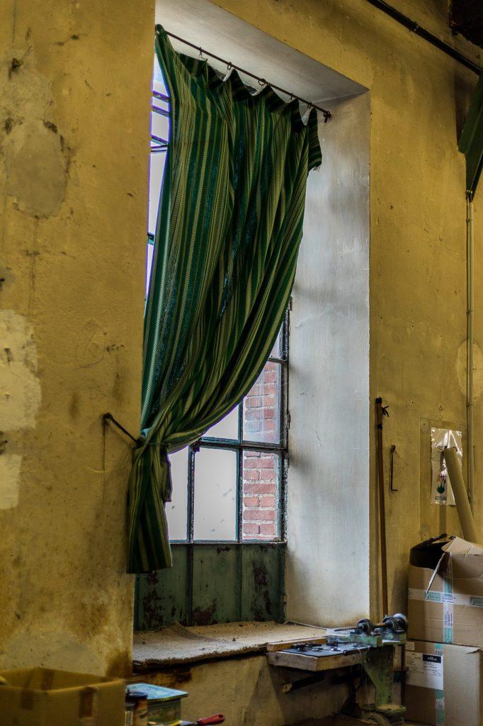 Atelier dans une ancienne fabrique d'espadrille réhabilitée