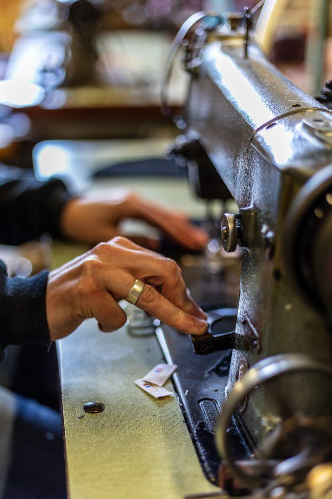 Atelier de fabrication d'espadrille catalane à Saint Laurent de Cerdans